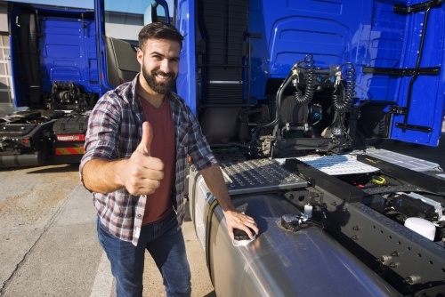 4 Awesome Trucker Apps for 2020